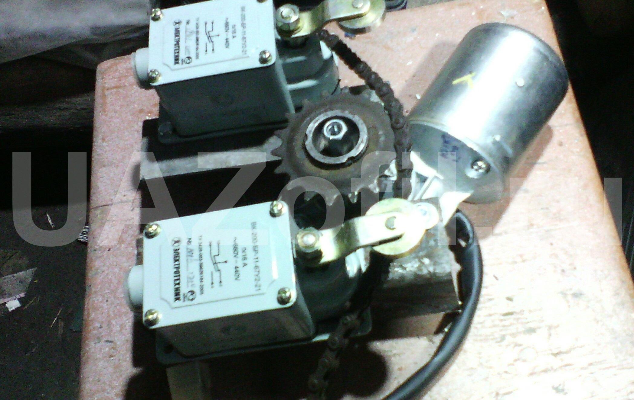 Привод стеклоочистителя (передний, задний) – механизм и.
